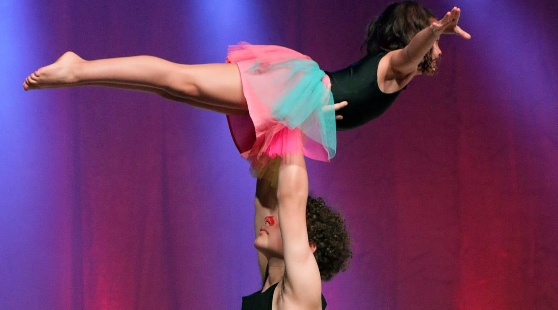 Acro gymnastiek Antwerpen Berchem Volharding